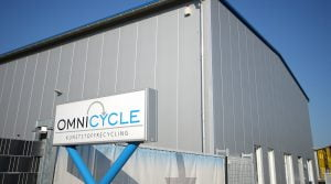 Firmenschild omnicycle Kunststoffrecycling